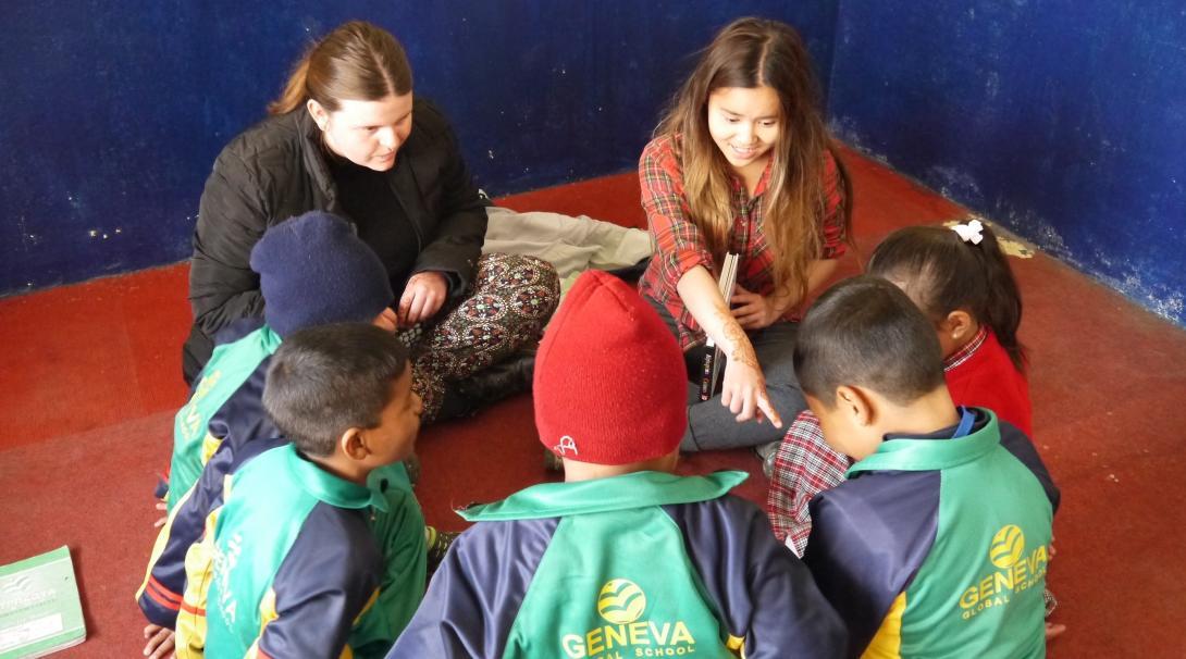 En nuestro voluntariado con niños en Nepal ayudarás a impulsar el desarrollo infantil temprano.